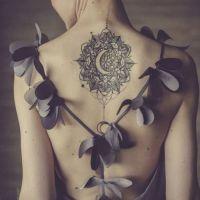 Hermosos tatuajes en la espalda que querrás tener